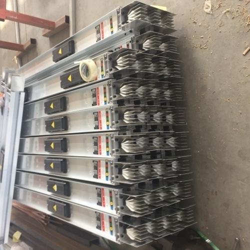 500A封闭式母线槽设备