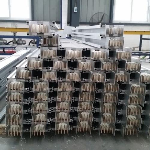 铜铝复合母线槽外形