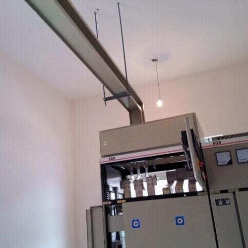 可安装2000A瓦楞型母线槽