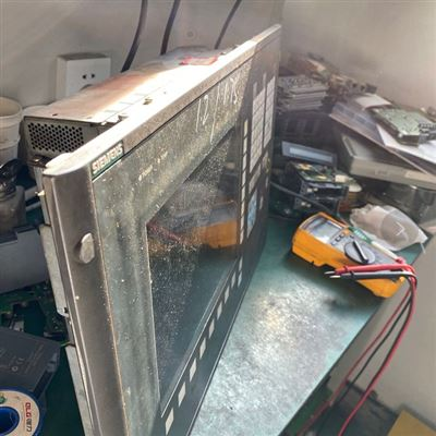 當天幫你修好西門子840DSL數控磨床按鍵壞