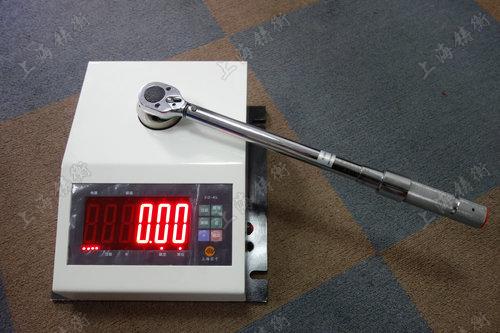 非标定制扭矩扳手检定仪图